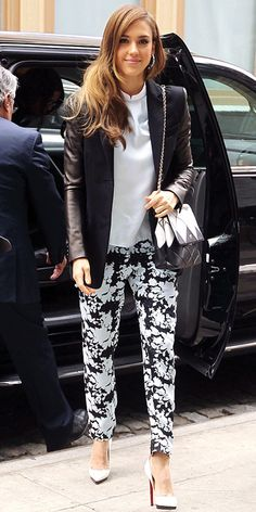 Jessica Alba went for the classic black/white look with her print pants and overall outfit!