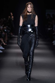 Ann Demeulemeester Fall 2015 Ready-to-Wear Collection Photos - Vogue