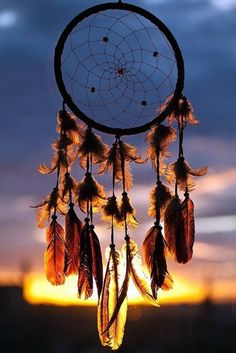 Make some dainty DIY dream catcher ideas to ensure a good night sleep, with these trending ideas. Cute Wallpaper Backgrounds, Pretty Wallpapers, Colorful Wallpaper, Nature Wallpaper, Screen Wallpaper, Cool Wallpaper, Dreamcatcher Wallpaper, Butterfly Wallpaper, Galaxy Wallpaper