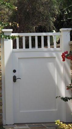 49 Lovely Cottage Styles Garden Ideas To Inspire You - Zweifamilienhaus - Gartenbau Backyard Gates, Garden Gates And Fencing, Backyard Play, Driveway Gate, Fence Gate, Iron Gate Design, Fence Design, Garden Design, Front Yard Fence