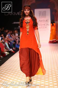 Archana Kochhar kurta with patiala pants