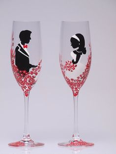 hand painted wedding glasses to toast with. so pretty