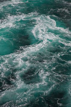 Churning waters (by Water Waves, Ocean Waves, Sea And Ocean, Pacific Ocean, Sea Bright, Ocean Current, Seascape Art, Underwater Life, Turquoise Water