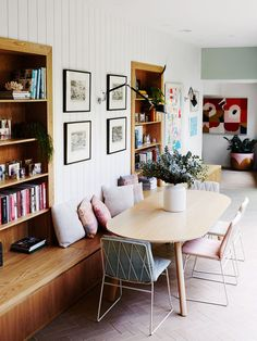 Small dining room ideas explore these small dining room ideas that will save up on space and make your dining room looks bigger with easy and simple tricks. You can expand small dining room size and turn it into a . The Design Files, Küchen Design, House Design, Design Ideas, Dining Nook, Dining Room Design, Dining Sets, Kitchen Dining, Dining Tables