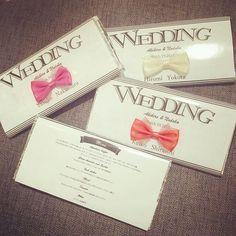 "*PLAY▷TOY* 席札は板チョコレート♡ テーマの""おもちゃ感""と アイコンの""リボン""を取り入れて。 チョコレートの裏面はメニュー表に。 おふたりの手作りです(*^^*) #TRUNKBYSHOTOGALLERY #wedding #weddingphoto #weddingdress #weddingtbt #paperitem #chocolate #ribon #nametag #結婚式 #結婚式場 #披露宴 #披露宴会場 #席札 #メニュー表 #手作り #結婚式準備 #ペーパーアイテム #チョコレート #板チョコ #リボン #おもちゃ #ウエディング #ウエディングアイデア #ウエディングプランナー #ウエディングフォト #ウエディングドレス #プレ花嫁 #ゼクシィ #takeandgiveneeds"