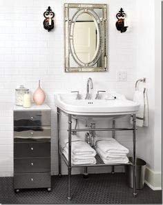 Love the mirrored drawers