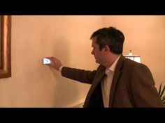 RoomScan Draws a Floor Plan When You Hold Your iPhone Against the Wall