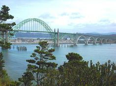 Yaquina Bay Bridge, Newport, Oregon - copyright KellyManningPhotography.com