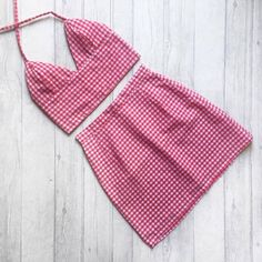 Handmade gingham bralet and high waisted skirt two piece / co ord , uk sizes Made to order. Available in a variety of colours! Diy Clothing, Sewing Clothes, Clothing Patterns, Sewing Patterns, Fashion Sewing, Diy Fashion, Fashion Outfits, Gingham Skirt, Red Gingham
