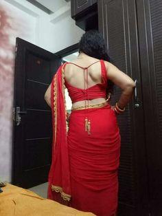 10 Most Beautiful Women, Most Beautiful Indian Actress, Beautiful Actresses, Bollywood Actress Hot Photos, Indian Actress Hot Pics, Indian Actresses, Beauty Full Girl, Beauty Women, Saree Backless