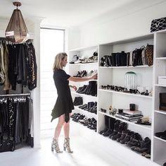 Best Walk In Closet Designs Oracle Fox Black White Closet