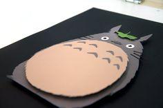 Totoro Studio Ghibli 12 x 16 main coupe 3D papier par willpigg