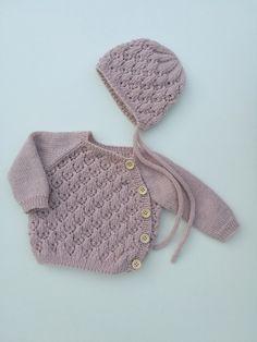 Ravelry: Yndig hentesett pattern by Yndestrikk Design Crochet Baby, Ravelry, Winter Hats, Diy Crafts, Knitting, Pattern, Kids, Clothes, Design