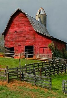 RED BARN ARCHITECTURE