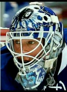 Toronto maple leafs goalie mask