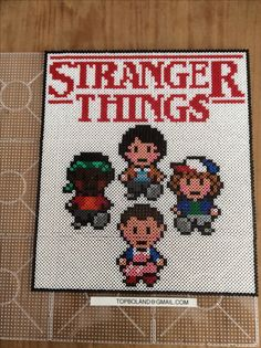 Stranger Things, Hama beads, Perler beads, Pixel art Diy Perler Beads, Pearler Beads, Fuse Beads, Stranger Things, Pearler Bead Patterns, Perler Patterns, Film 2017, Pixel Art, Art Perle