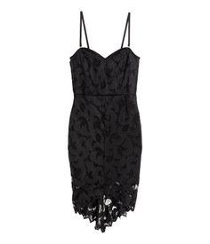 Black lace mini dress with sweetheart neckline, detachable, adjustable shoulder straps & scalloped hem. | Party in H&M