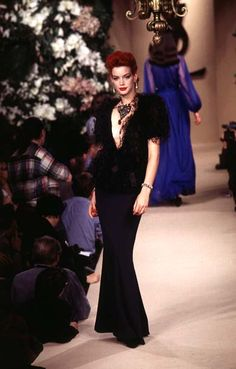 Yves Saint Laurent - Haute Couture - Runway Collection - Women Spring / Summer 1996