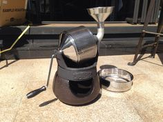 Coffee Roaster - Brew The Very Best Coffee By Using These Tips Coffee Club, Coffee Brewer, Iced Coffee, Coffee Shop, Coffee Maker, Roasters Coffee, Coffe Machine, Cheap Coffee, Toaster