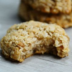 If you are looking for a yummy way to boost your metabolism in the morning you have got to try these Fat Burning Coconut Cookies. They are jam-packed with protein and yummy natural flavors and sweetness that will keep you satisfied and ready to go until lunch! Ingredients: