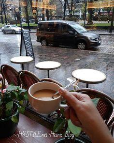 SUOMI, HELSINKI KAUPUNGILLA KAHVILLA...Kippis Kahvi hetkelle❤, Suolaista ja/tai Makeaa. NYT Herkullinen Sämpylä Nam.  Oletko Sinä Kahvin ja Kahvila Kulttuurin Ystävä kuten minä? VIIKONLOPPUNA, Minne Mennä...Isoissa kaupungeissa on valinnan varaa Kahviloissa&Ravintoloissa. SUOSIKIT.. @myhelsinki #kulttuuri #minnemennä #viikonloppu #elämäntapa #suomi  #bloggaaja #kahvilat #ravintolat #kahvi #hetki #tyyli #elämä ❤☺