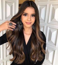 65 Ideas Hair Brunette Caramel Balayage Dark For 2019 Brown Hair Shades, Light Brown Hair, Brown Hair Colors, Dark Brown Hair With Low Lights, Long Brown Hair, Brown Hair Balayage, Hair Color Balayage, Caramel Balayage, Dark Caramel Hair