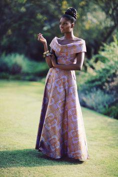 Красота, вдохновленная природой - Африканская мода, стилизованная под национальные костюмы.
