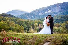 Melanie & Zach : Lake Lure, NC Wedding Photographer