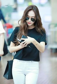 Jessica Airport Fashion 2017 | Official Korean Fashion