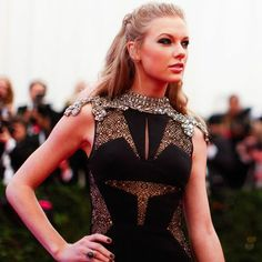 """""""Taylor Swift ( wearing to attend the Met Gala in New York last night. Taylor Swift Style, Taylor Alison Swift, Thing 1, Taylor Swift Pictures, Look At You, Celebs, Celebrities, Punk Fashion, My Idol"""