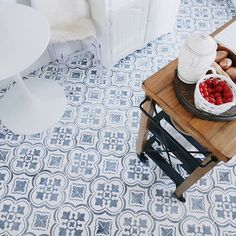Gorgeous before and after tile floor photos by @suite35 what an amazing job she did with a stenciled kitchen floor! #diy #kitchen #design #floor #tilefloor