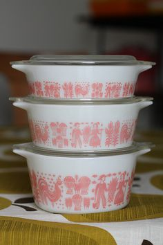 Pink Butterprint pyrex. Having these would make my life complete.