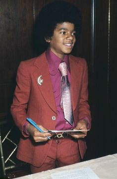 Photo of Lil' Mikey! for fans of Young Michael Jackson 15084908 The Jackson Five, Jackson Family, Young Michael Jackson, Motown Party, Joseph, The Jacksons, Hip Hop Rap, Beautiful Person, Amazing Person