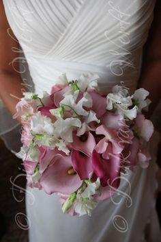SWEETPEAS BOUQUETS   ZANTDESCHIAS AND SWEET PEAS FOR HER BRIDAL BOUQUET .... AT KATHRYN AND ...
