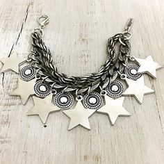Filtered by Newest to Oldest - Laquedivas - Star Premium Bracelet - Beaded Jewelry, Jewelry Box, Jewelery, Jewelry Accessories, Bling Bling, Hand Bracelet, Diy Jewelry Making, Statement Jewelry, Hippie Boho