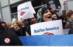 Resultados da pesquisa de http://i2.cdn.turner.com/money/2012/05/08/markets/bofa-protests/bofa-protest.gi.top.jpg no Google