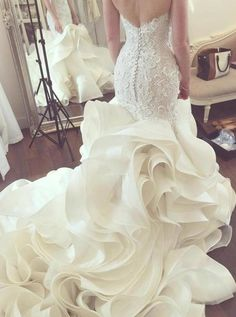 Mermaid Sweetheart Court Train Tiered Organza Wedding Dress with Lace - Wedding Dresses Making A Wedding Dress, Colored Wedding Dress, Fairy Wedding Dress, Wedding Dress Organza, Western Wedding Dresses, Luxury Wedding Dress, Perfect Wedding Dress, Bridal Gowns, Lace Dress