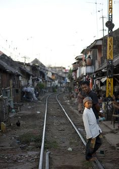 Shanty town along the railway in Surabaya, Java, Indonesia - taking a train from Jakarta/ Yogja to Surabaya is a great way to travel across Java. Jakarta, Philippines, Maluku Islands, Big Town, Dutch East Indies, Buddhist Temple, Slums, Surabaya, Beautiful Islands