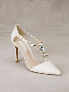 ALDA - Bridal shoe in leather with gemstone appliqué