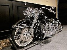 2007 Harley Davidson Heritage Softail Deluxe Show Bike – RonSusser.com