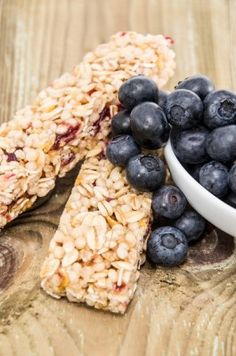 Maple Blueberry Granola Bars: Give your morning a healthy boost with these homemade granola bars.