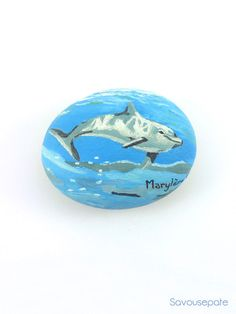 Blue and grey decorative stone painted with oil painting | Dolphin underwater | Home decor by Savousepate - pinned by pin4etsy.com #art