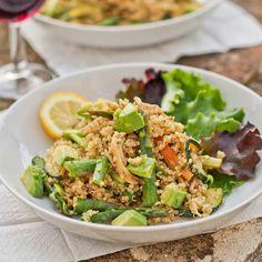Quinoa with pesto, chicken, zucchini, asparagus and avocado.