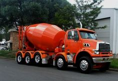 Mix Concrete, Concrete Mixers, Cool Trucks, Big Trucks, Ford, Sterling Trucks, Cement Mixer Truck, Oil Platform, Building Foundation