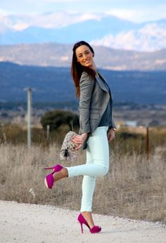 The white pants with an accent of gray and pink is very delicate and refined. This is a very winter kind of skin tone  and looks very good on her.