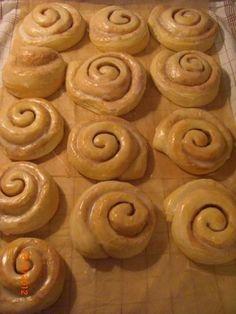 Zimt Schnecken Cookies, Desserts, Food, Snails, Cinnamon, Bakken, Crack Crackers, Tailgate Desserts, Deserts