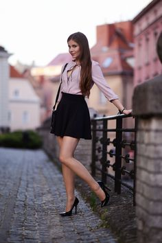 NSFW - I love womens legs. Pantyhose, stockings, tights, they all make a woman's legs look and feel the best. Mode Outfits, Sexy Outfits, Sexy Dresses, Fashion Outfits, Fashion Models, Girl Fashion, Womens Fashion, Beautiful Legs, Gorgeous Women
