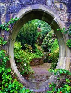 secret garden portal. Make a small one as an entrance to a children's garden =).