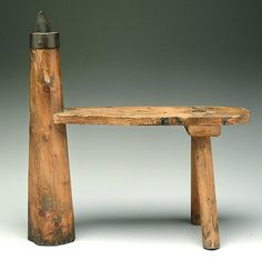 266: Three-legged pine cobbler's bench, : Lot 266