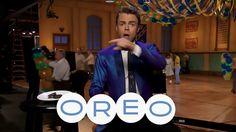 Derek doing Live Oreo commercial screencaps by: purederekhough